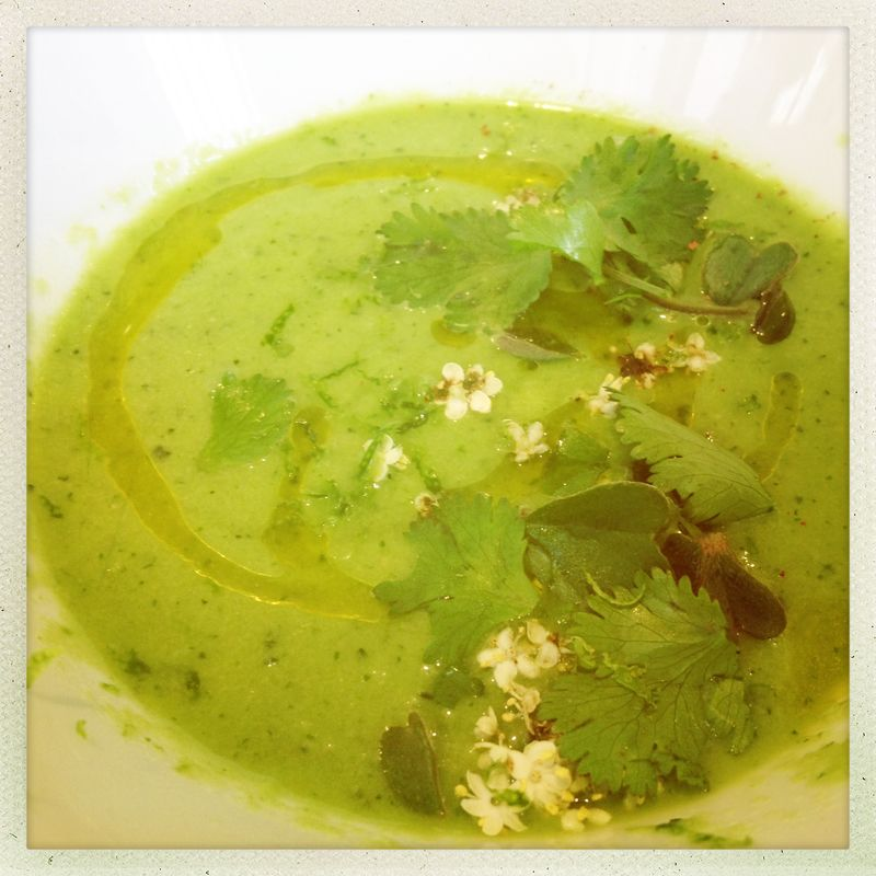 Cucumber and coriander gazpacho at le 6 Paul Bert Paris dining out