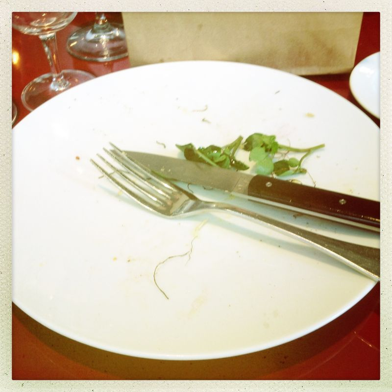 Dining out etiquette Paris cutlery fork and knife at 5 o clock to signal you are finished le 6 Paul Bert