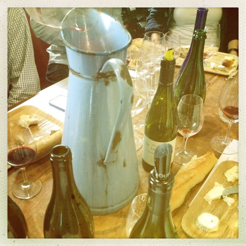 Cheese and wine tasting degustation PAris by Mouth le Derniere Goutte blue pitcher