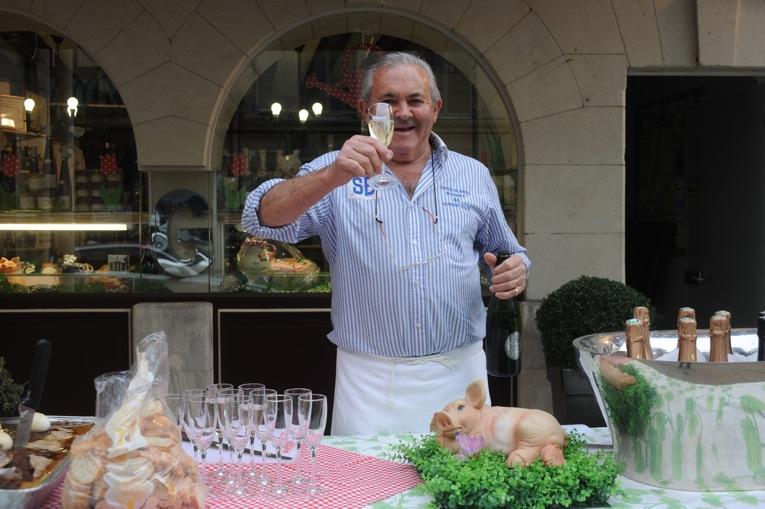Monsieur tGIRARDEAU the European champion of pieds to cochon