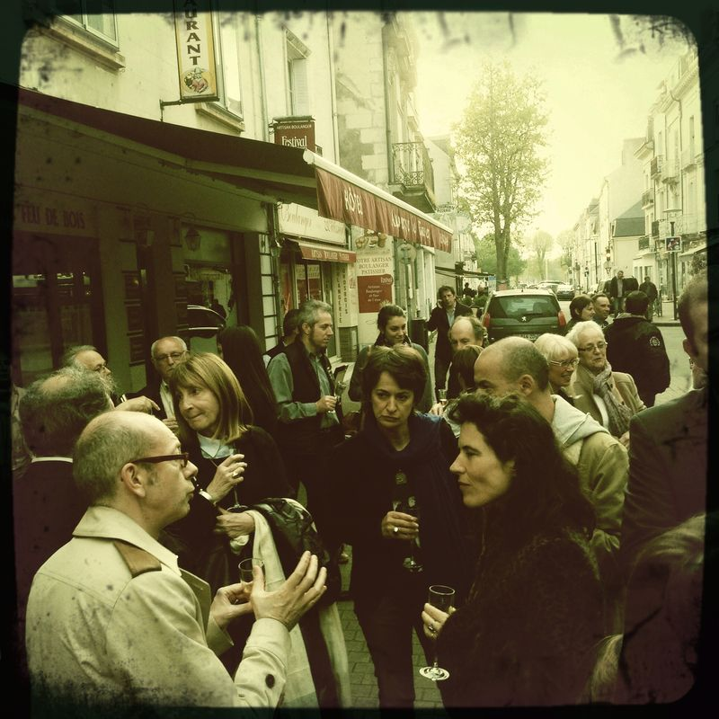 Saumur - reception rue St Nicolas livre et vin